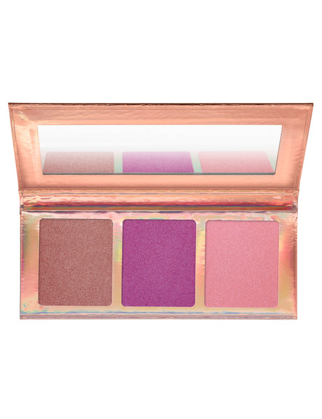 Essence Go For The Glow Highlighter Palette product photo