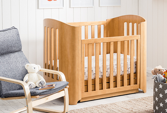 Exceptionnel Nursery Furniture