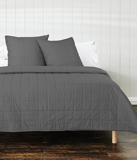 Your Home And Garden Azalea Washed Cotton Quilt, Charcoal