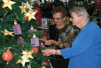 Farmers-Shop:/Footer pages/Charity/Hospice/Hospice Tree of Remembrance/Hospice Wanganui (6).jpg