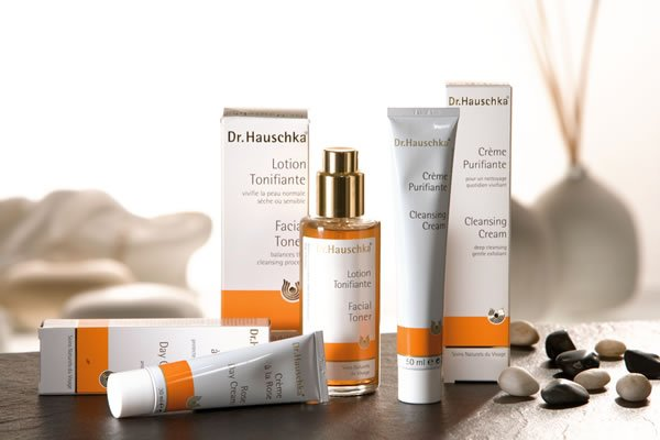 Farmers-Shop:/category pages/Beauty brand pages/dr_hauschka.jpg