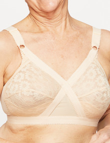 Playtex 18 Hour Traditional Wirefree Bra B-DD product photo