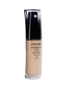 Shiseido Synchro Skin Luminizing Fluid Foundation product photo
