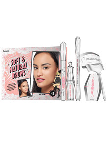 benefit soft & natural brows kit product photo