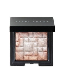 Bobbi Brown Highlighting Powder in Pink Glow product photo