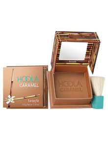benefit Hoola Caramel product photo