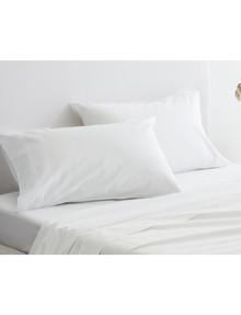 Sheridan 300 Thread Count Organic Cotton Standard Pillowcase, set-of-2, Snow product photo