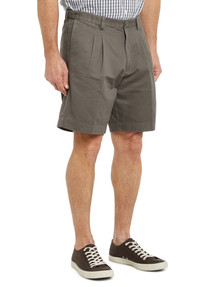 Bracks Easy Fit Bermuda Shorts, Mid-Brown product photo