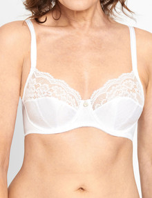 Berlei Classic Lace Plunge Bra, White product photo