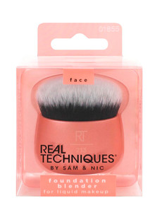 Real Techniques Foundation Blender Brush product photo
