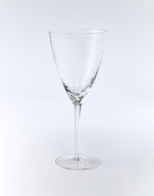 Stevens Tap Wine Glass, Clear, 370ml product photo