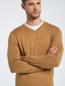North South Merino V-Neck Jumper, Sand product photo