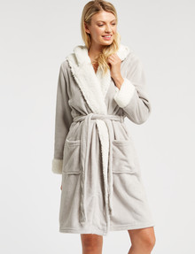 Zest Sleep Sherpa Lined Coral Fleece Robe, Silver product photo