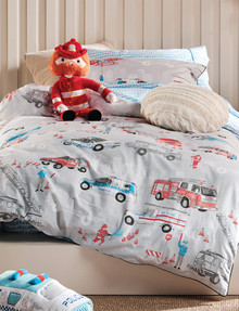 Hiccups Call The Sirens Duvet Cover Set product photo