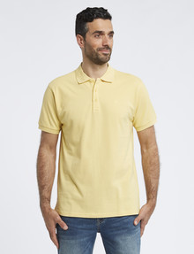 Chisel Ultimate Short-Sleeve Polo, Yellow product photo