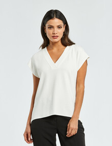 Oliver Black V-Neck Easy-Fit Textured Knit Top, Ivory product photo