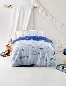 Hiccups Ships Ahoy Duvet Cover Set product photo
