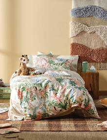 Hiccups Gentle Giants Duvet Cover Set product photo