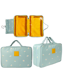 Tender Love + Carry Hanging Washbag, Daisy Chain product photo